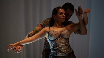 Ködből, csöndből – premier a Bethlen Téri Színházban