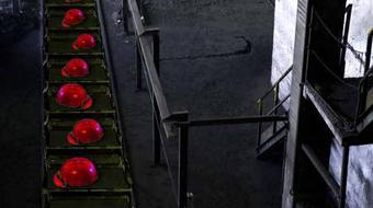 Minden gép – A Factory című előadás Temesváron