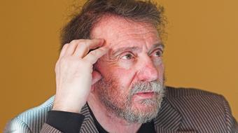 Kisfaludy Károly Csalódások című vígjátékával nyitja az évadot a Veszprémben