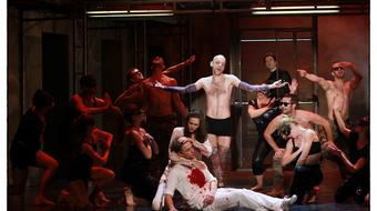 Hol romantikázik együtt Andrew Lloyd Webber, Shakespeare és Parti Nagy?