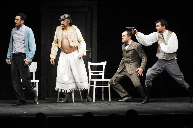 Komámasszony, hol a stukker? - Na koho to slovo padne - Pesti Színház - Divadlo Astorka, Bratislava (Pozsony, Szlovákia)