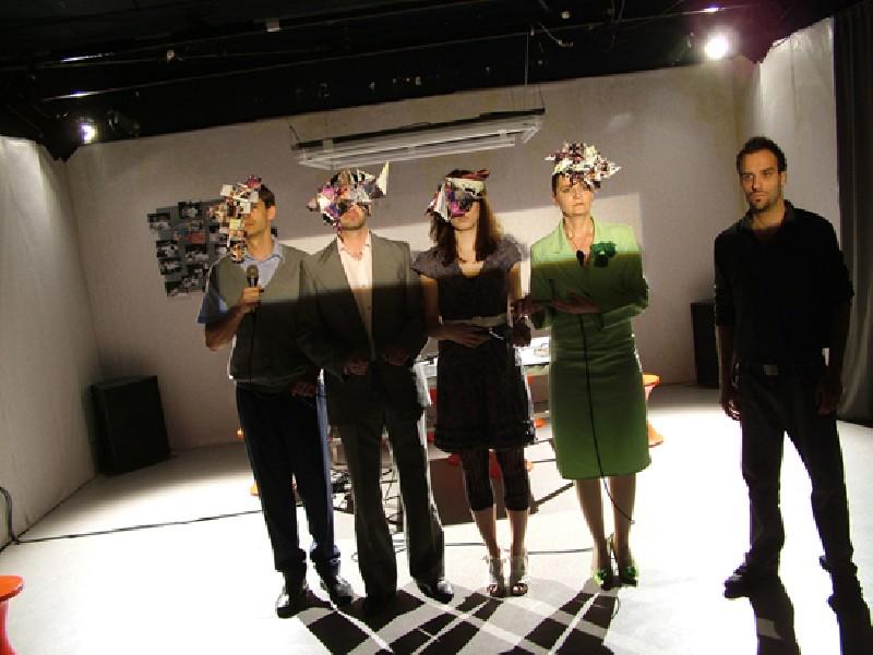 Kiss Márton: Foglalkoztató, Merlin Színház