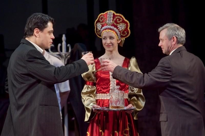 A kommunizmus története elmebetegeknek, Vörösmarty Színház, Székesfehérvár