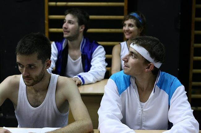 Ωlympos High School (Odüsszeusz) - hátul: Czupi Dániel, Makra Viktória, elöl: Hoffer Károly, Fritz Attila
