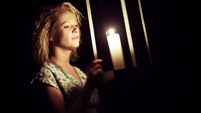 Sötét galamb - Dobra Mária
