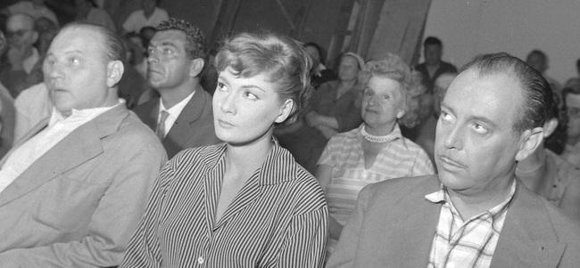 Elöl Apáti Imre, Bara Margit, Várkonyi Zoltán, mögöttük Bárdy György (1959)