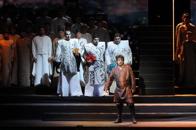 Turandot - középen: Rubens Pelizzari