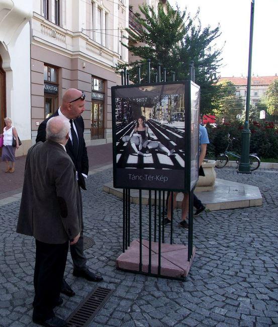 Juronics Tamás a Tánc-Tér-Kép kiállításon