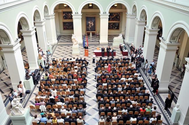Kitüntetés-átadás a Szépművészeti Múzeum Barokk csarnokában