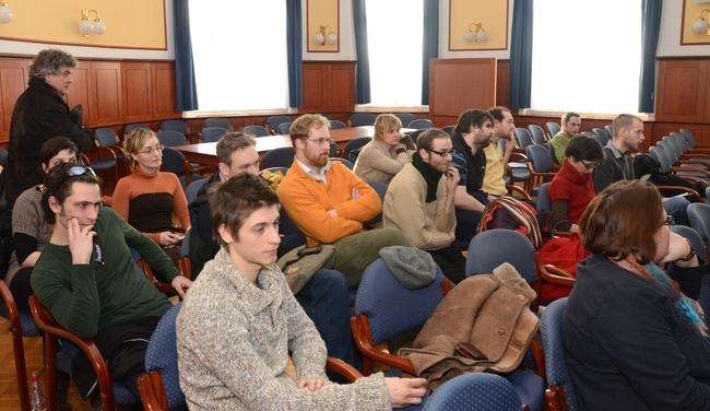 Komák a képviselő-testületi ülésen