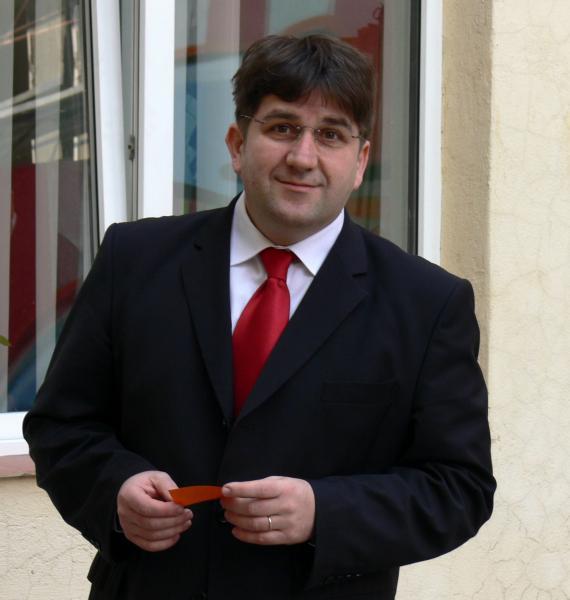 Gáspárik Attila
