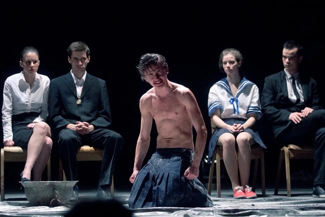 Hamlet - Szabó Erika, Tóth János, ifj. Vidnyánszky Attila, Bach Kata, Csapó Attila