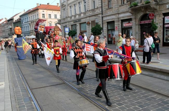 Bartók + Puccini 2012 Miskolci Operafesztivál - nyitóparádé