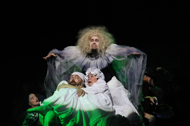 Scripcarul pe acoperis (Hegedűs a háztetőn), Teatrul Regina Maria Oradea