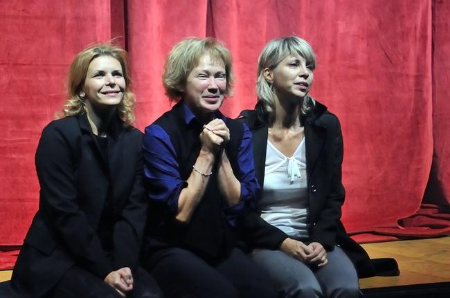 Három nővér - Schell Judit, Udvaros Dorottya, Péterfy Bori
