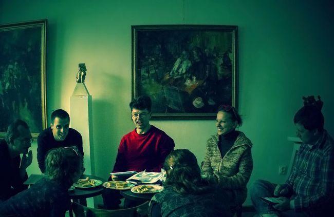 Hoppárézimi! - olvasópróba, középen: Zemlényi Zoltán