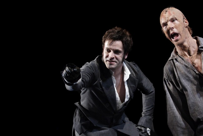Frankenstein - Jonny Lee Miller, Benedict Cumberbatch