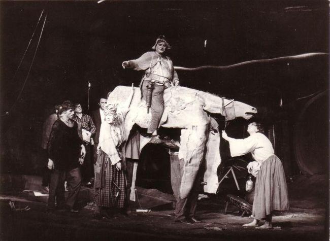 Übü király 1982-ben a Katona József Színházban