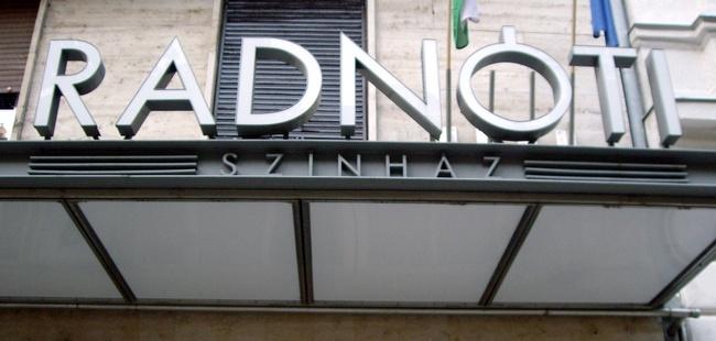 Radnóti Színház