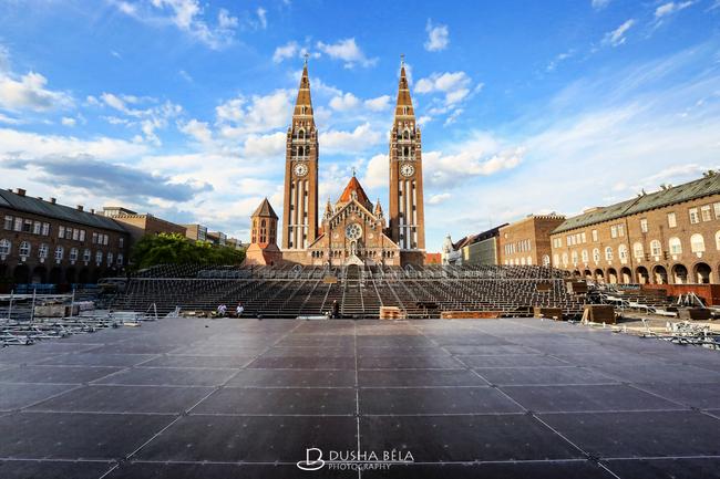 Szegedi Szabadtéri Játékok, Dóm tér