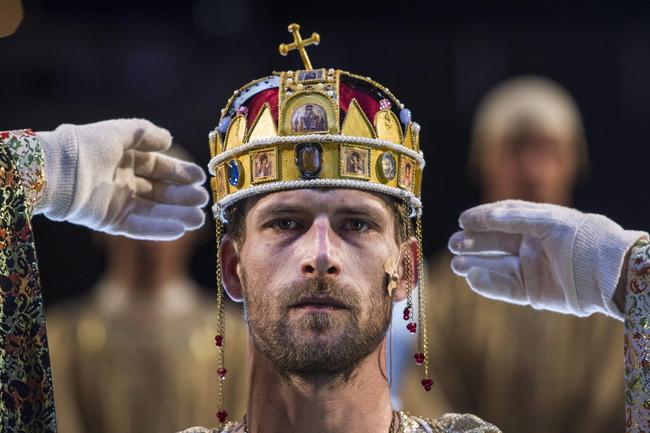 Szent László koronázása - Makranczi Zalán