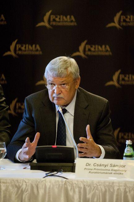 Dr. Csányi Sándor, a Prima Primissima Alapítvány kuratóriumának elnöke