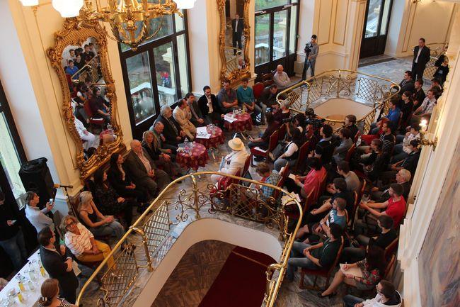 A Szegedi Nemzeti Színház szeptemberi és októberi programját bemutató sajtótájékoztatója