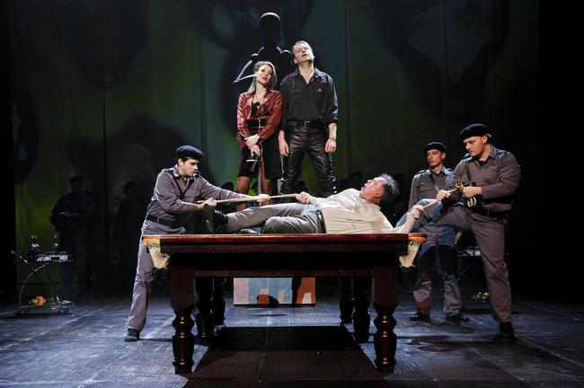 Részlet Horváth Csaba korábbi rendezéséből - Lear király (Vörösmarty Színház)