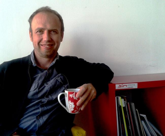 Nagy Zoltán és egy caffé latte