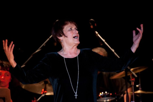Edith Piaf - Vári Éva