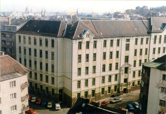 A Jurányi Inkubátorházat működtető Füge 19 milliót kapott.