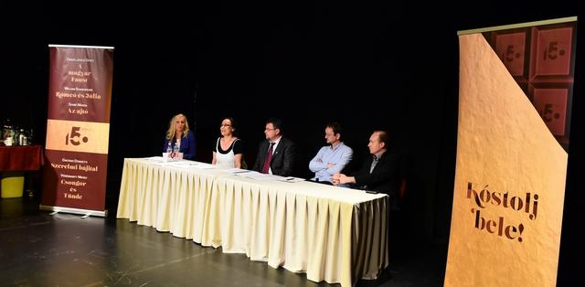 A Csokonai Nemzeti Színház sajtótájékoztatója