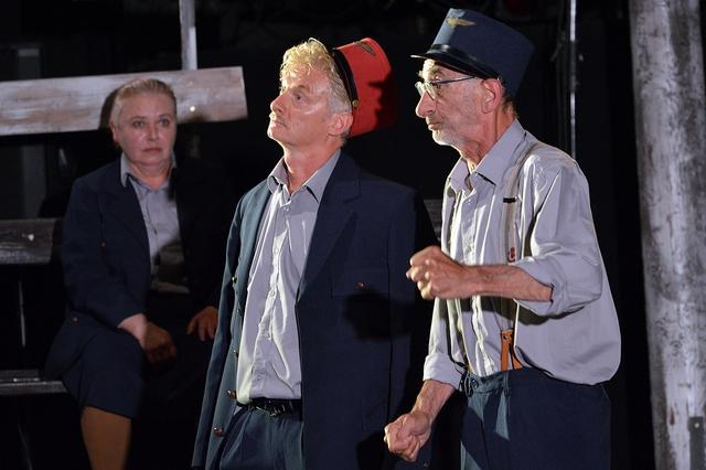 Szigorúan ellenőrzött vonatok - Csonka Ibolya, Kelemen József és Hunyadkürti György