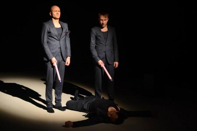 A férfiak szexuális világa - Vinnai András, Bánki Gergely és Janklovics Péter (fekve)