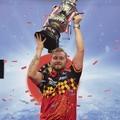 Dimitri Van den Bergh nyerte a World Matchplayt