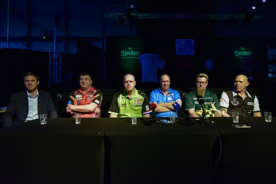 20190309budapest-darts-gala6.jpeg