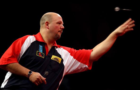 darin_young_2012_ladbrokes_com_world_darts_xqyg2ia0hr1l.jpg