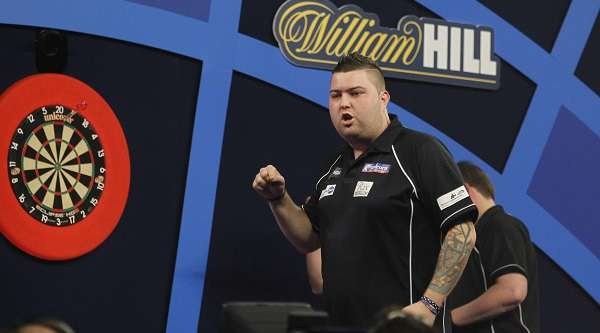 michael-smith-william-hill-world-darts-championship-round-two-lawrence-lustig-pdc_rz84r8z9lmas1e1vbir5io227.jpg