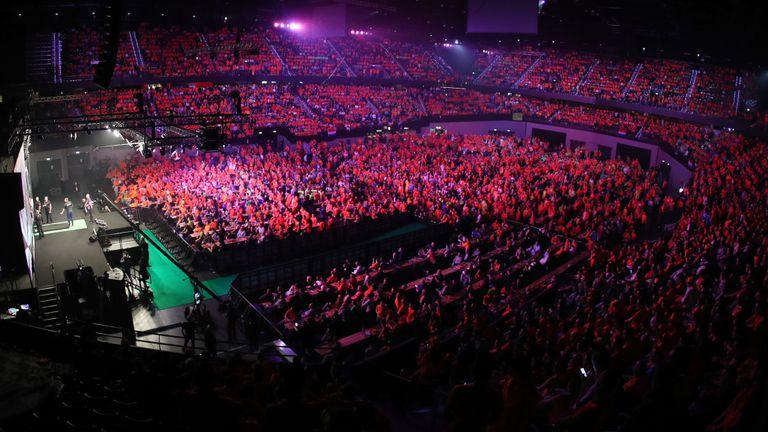 skysports-darts-rotterdam-premier-league_4248569.jpg