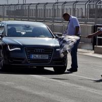 Audi S8 2011 menetpróba