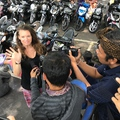 Királynő égetés, Ray Ban és iPhone...Bali és a világ