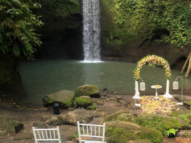 Bali esküvő a vízesés alatt #nostressz