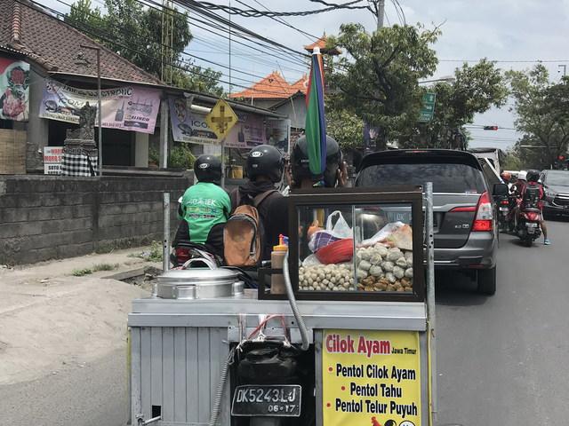 A KRESZ (szabad) értelmezése Balin