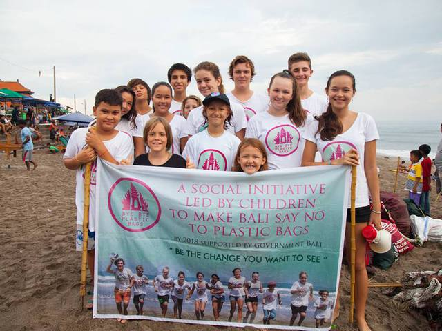 20.000 önkéntes szed szemetet ma Balin két diáklány kérésére