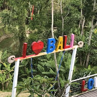 Kitoloncolás, beutazás, karantén meghosszabbítás - Bali