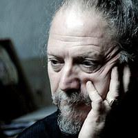 A szaxofonom még mindig a börtönbüntetését tölti – interjú Dror Feilerrel