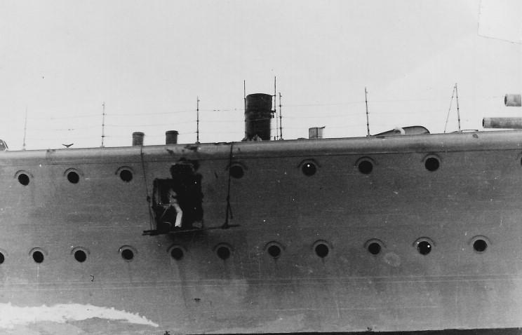 admiral_graf_spee_1939_12_14_serules_003.jpg