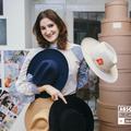 A kalap, egy örök darab - Interjú Vecsei Zsófival