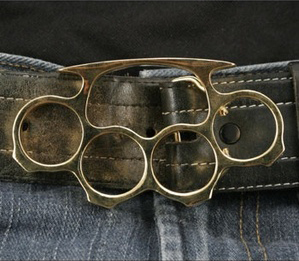 brass_knuckles_belt_buckle.jpg
