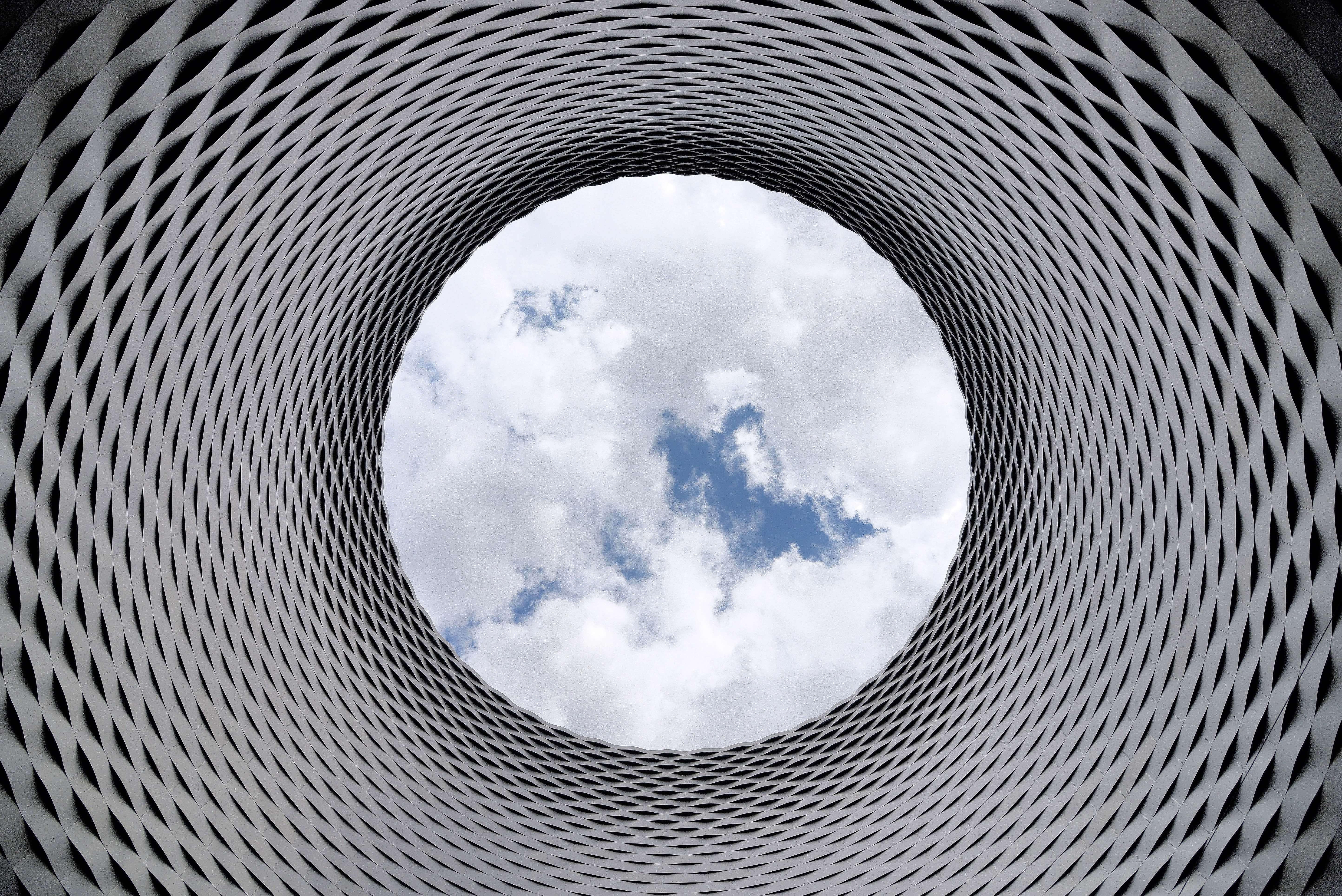 4k-wallpaper-abstract-aluminum-210158_1.jpg